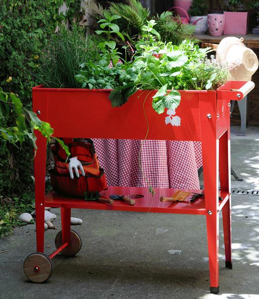 hochbeet mit r dern rot baldur garten. Black Bedroom Furniture Sets. Home Design Ideas